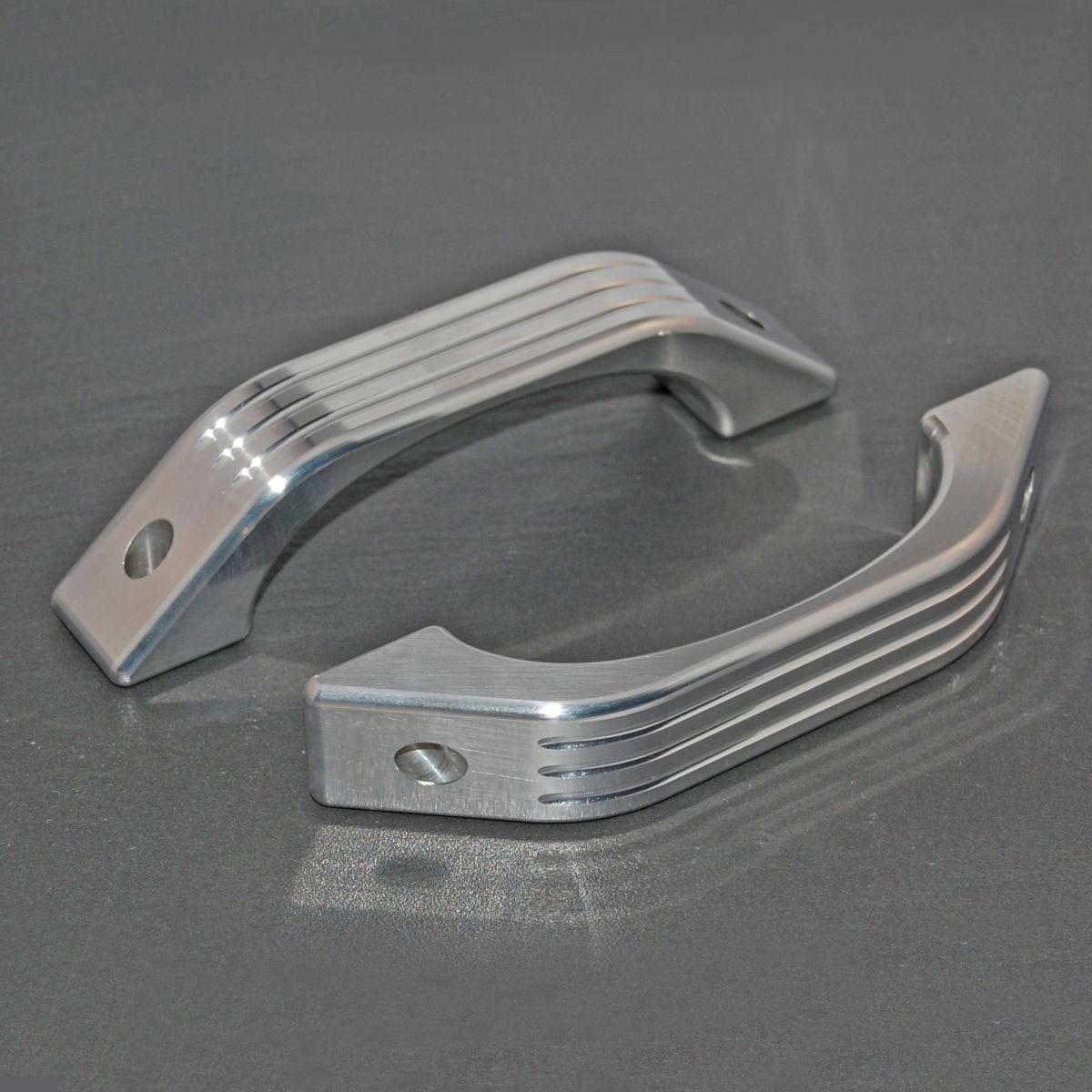 Defender Grooved Aluminium Interior Door Handles Onzlo